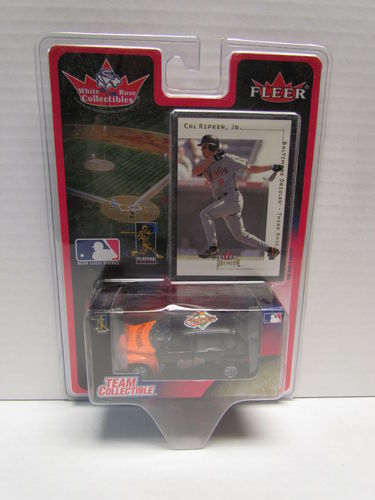 2001 Fleer White Rose Cal Ripken Jr. Card and Orioles PT Cruiser Diecast Car 1:64